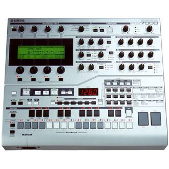 RS7000
